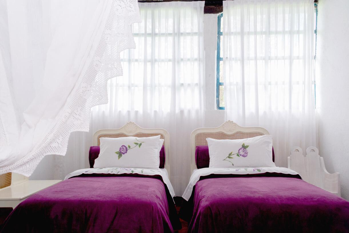 hotel-boutique-casa-de-hacienda-su-merced-habitacion-luz-de-luna-intro